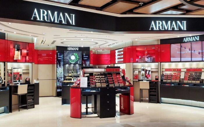 armani product display